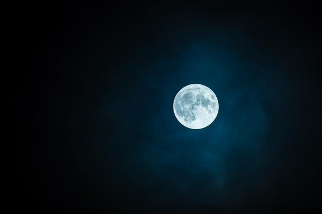 Pleine lune de mars